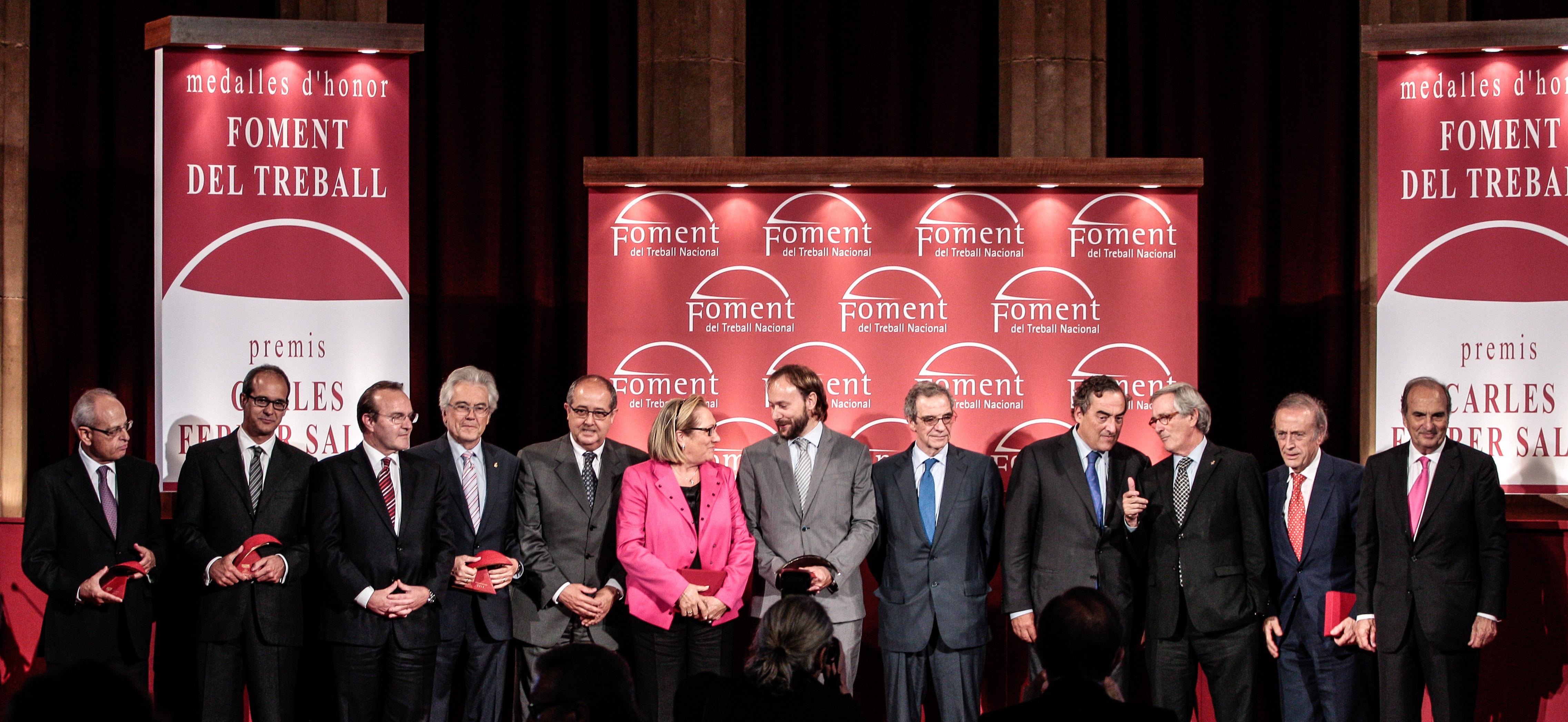 Foment distingue a César Alierta y Miguel A. Torres con las Medallas de Honor de la institución