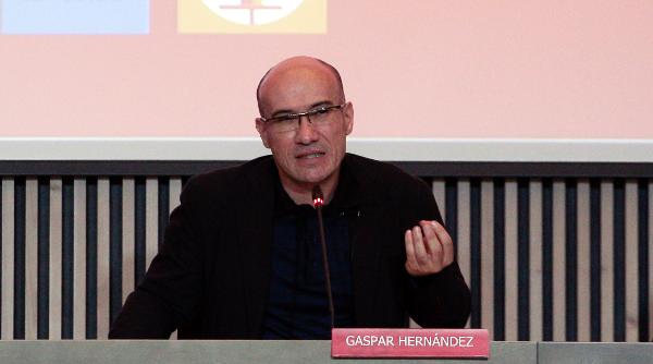 El periodista y escritor Gaspar Hernández, nuevo embajador del Foro de Recursos Humanos