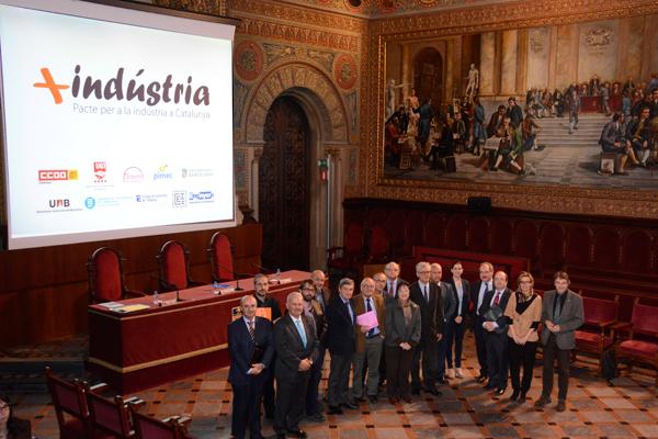 El Pacte per a la Indústria insta els grups parlamentaris a promoure un acord nacional