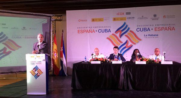 Gay de Montellà acompaña a los ministros de Guindos y Soria en su viaje a Cuba