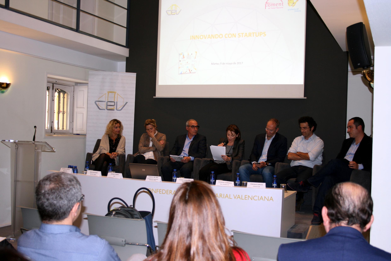 Las patronales catalana y valenciana dialogan en Valencia con el ecosistema emprendedor