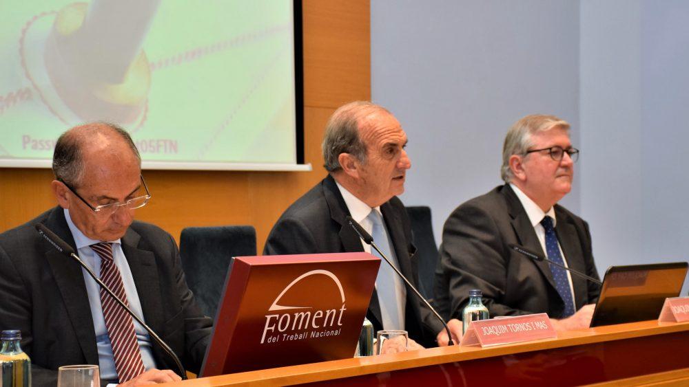 El decano de los notarios de Cataluña, Joan Carles Ollé, remarca que la firma electrónica nunca podrá sustituir la función notarial, el consejo jurídico y la garantía de legalidad que ofrece el notario