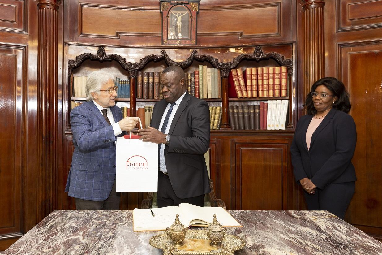 El ministre de Desenvolupament Empresarial de Ghana visita Foment