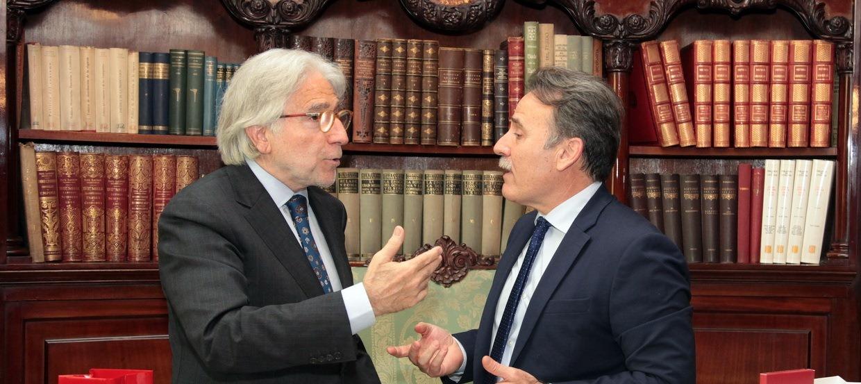 El president de Foment es reuneix amb l'ambaixador de Cuba a Espanya