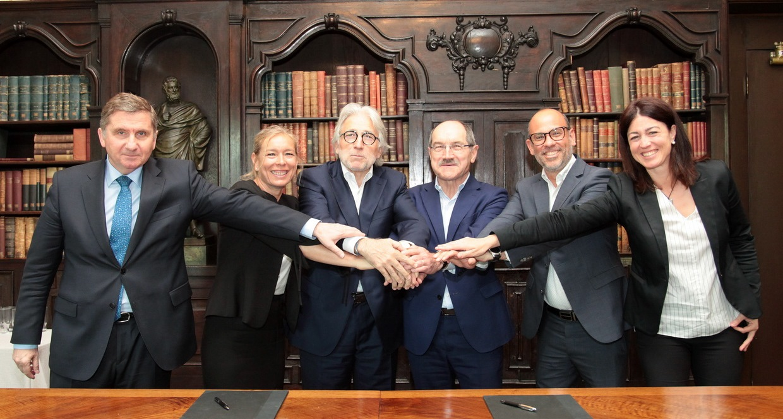 Ametic i Foment del Treball firman un convenio de colaboración para impulsar la industria digital y la digitalización de las empresas en Cataluña