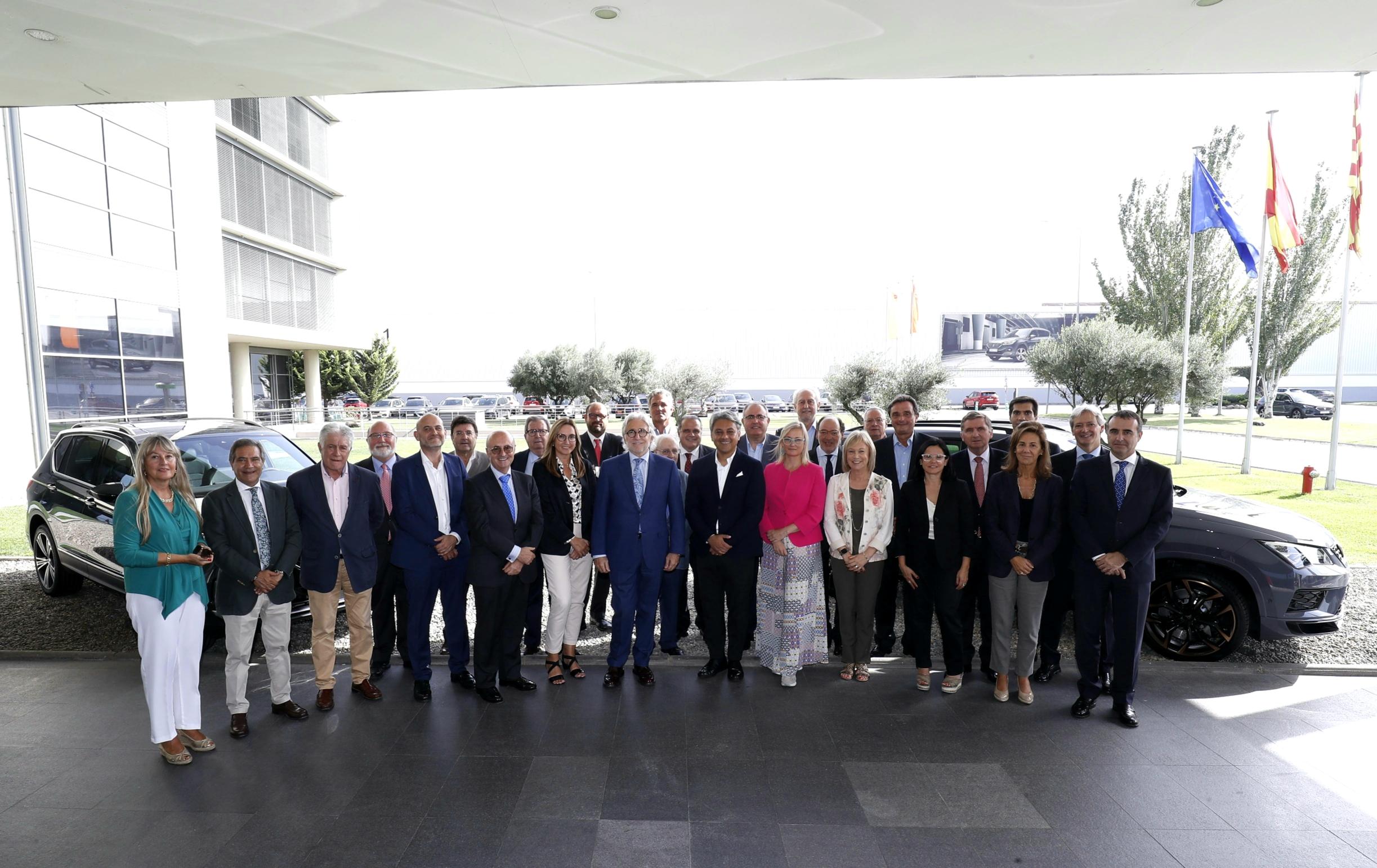 El Comitè Executiu de Foment visita la fàbrica de Seat a Martorell