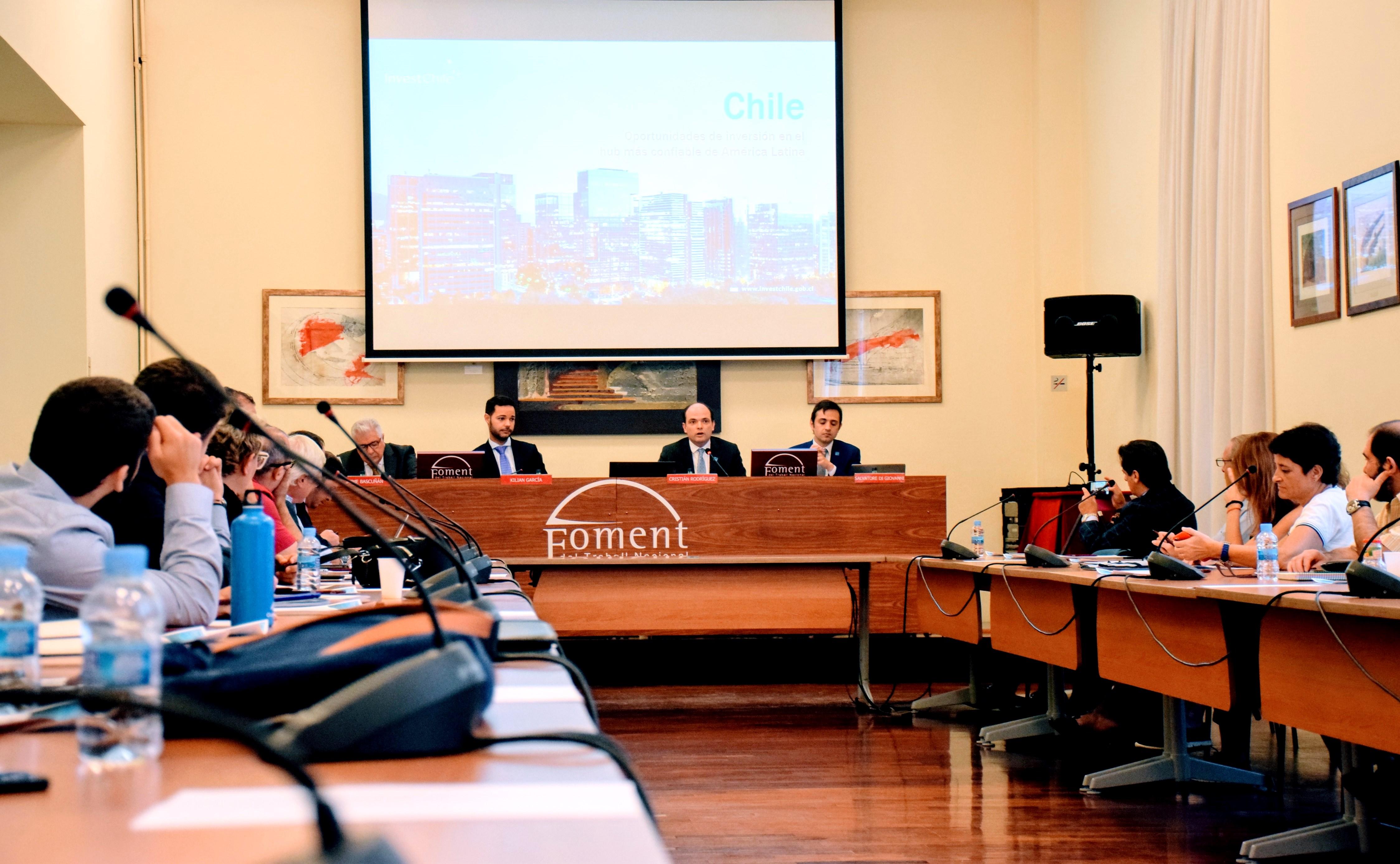 Fomento promociona las oportunidades de negocio e inversión en Chile para las empresas catalanas