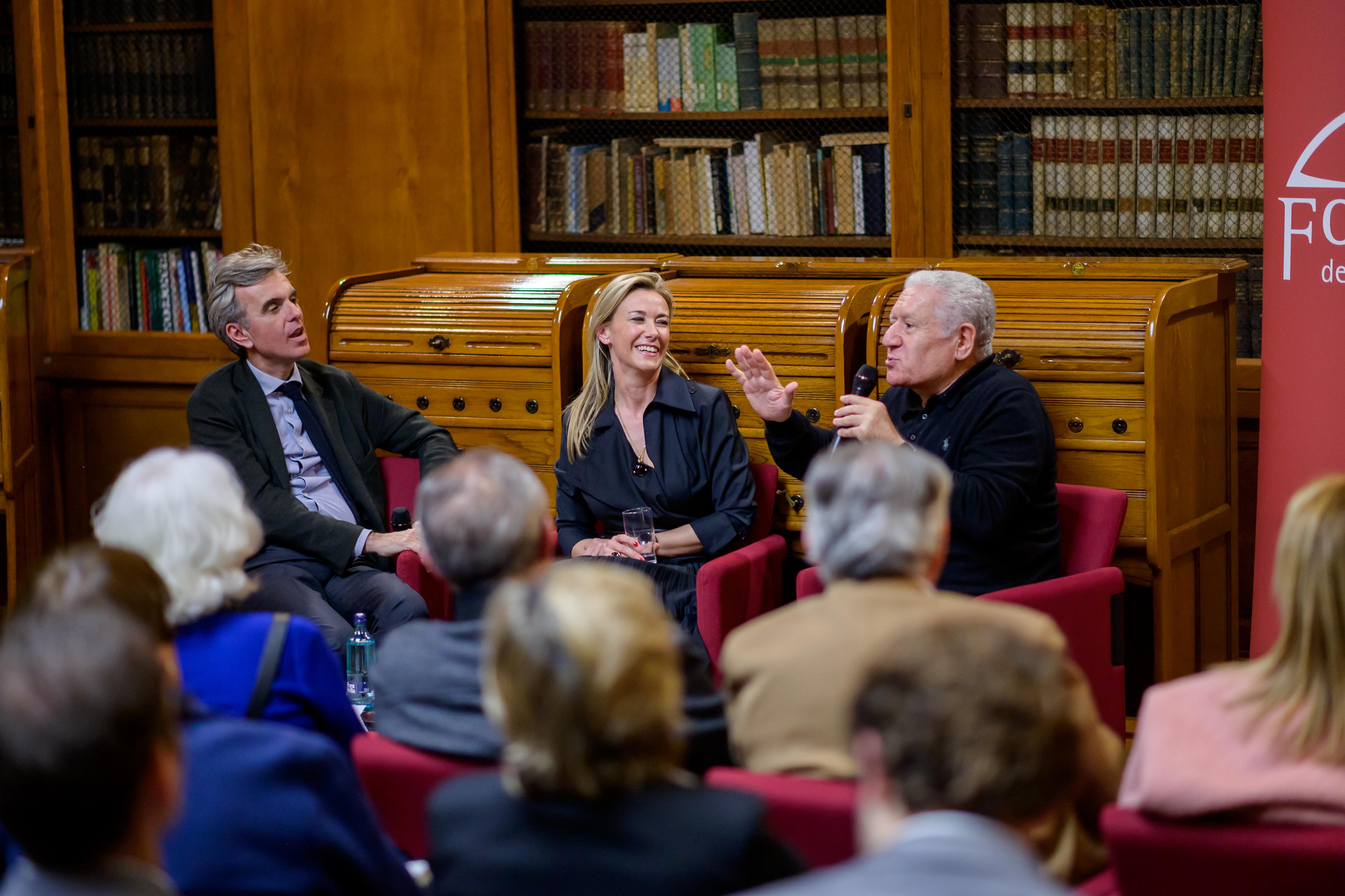 La comunicación de hoy a debate en la Biblioteca de Foment