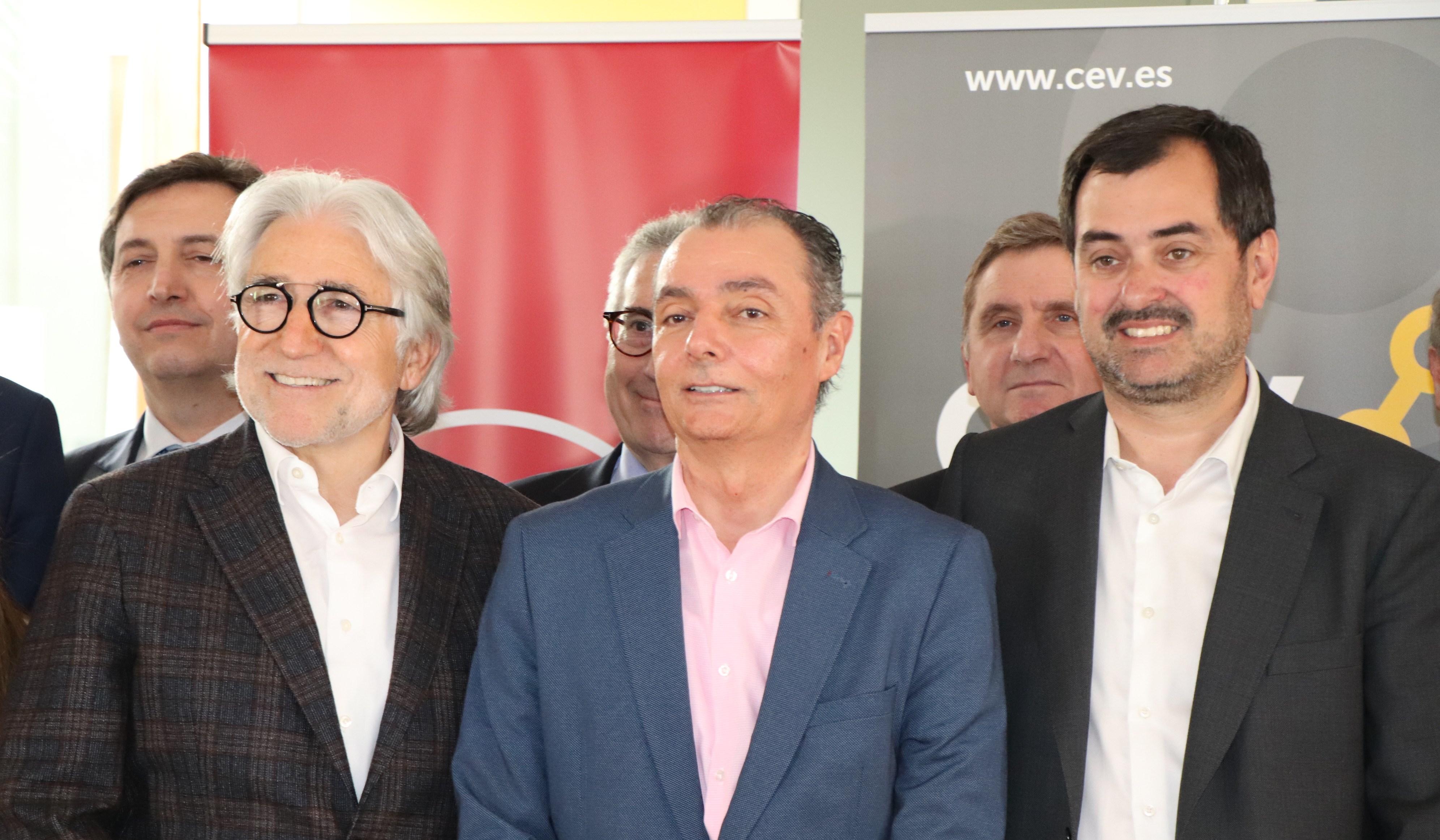 CEV, Foment i CEOE Aragó s'uneixen per reivindicar infraestructures estratègiques per als seus territoris