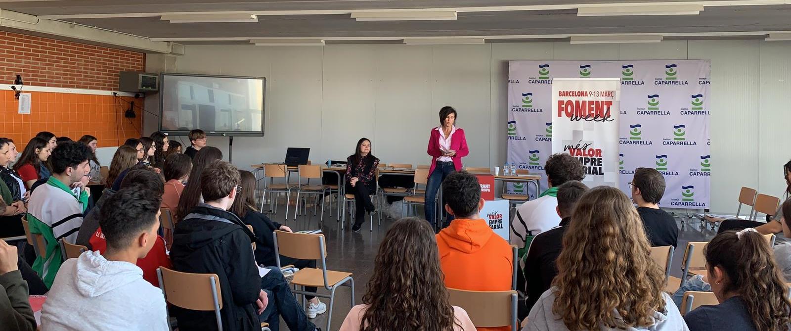 La Foment Week acosta l'experiència de dones directives a diversos instituts públics de Catalunya