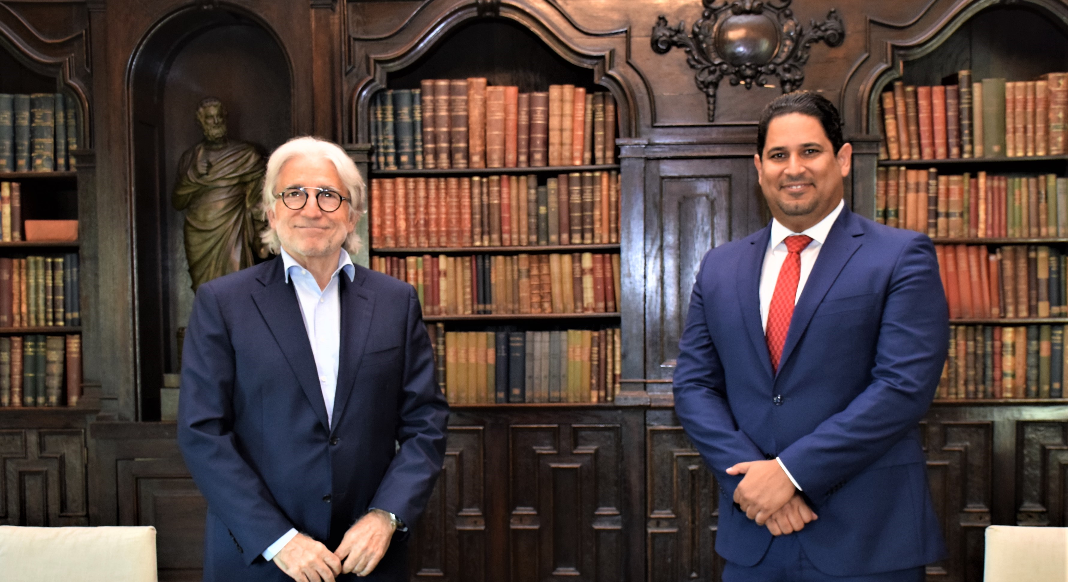 Foment  del Treball defiende consolidar las relaciones comerciales entre la República Dominicana y Cataluña