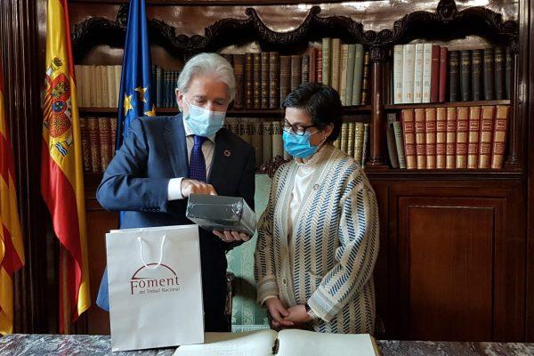 La ministra d'Afers Exteriors visita Foment