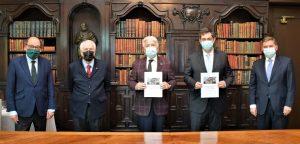 Foment rep i agraeix el document per a la reindustrialització de l'Associació d'exdiputats i exsenadors de les Corts Generals