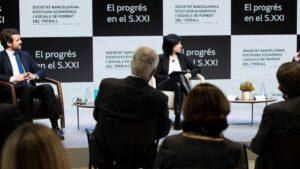 La lluita contra la desigualtat, protagonista del diàleg entre el president del PP, Pablo Casado, i l'economista, Antón Costas
