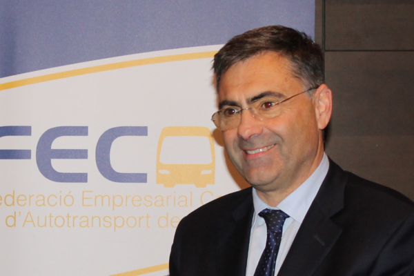La FECAV reivindica l'autobús com a transport públic del futur per vertebrar el territori